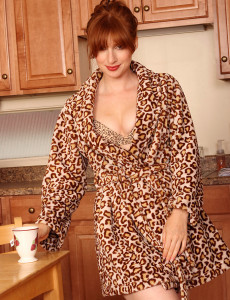 32 Year Old Redhead from  Milfs30 Likes Her Coffee  Nude